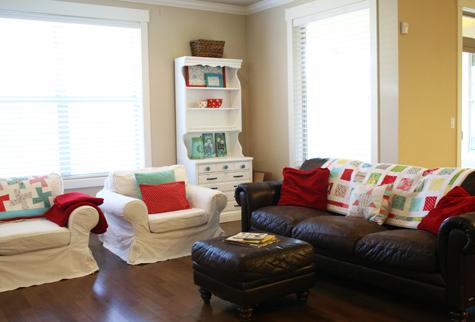 LivingroomMovingIn_1