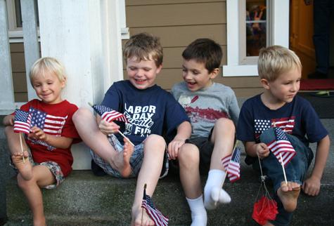 Boysfeetflags